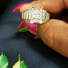 Women's 3 Karat Diamond Ring Women's 3 Karat Diamond Ring....it can be sized Jewelry Rings