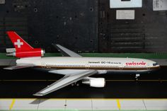 "Swissair DC-10-30 polished ""Farewell DC-10"" HB-IHI   Inflight200 1:200"