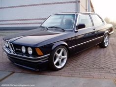 Black BMW its very clean with big Wheels True Car, Bmw E21, Automobile, Bmw Love, Bmw 3 Series, Car Tuning, Porsche 356, Bmw Cars, Cars Motorcycles