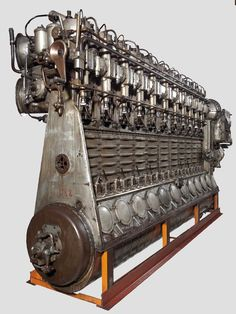MAN LZ 19/30 11 cylinder Diesel Engine made for airships and fast vessels - 185 liter 2000 horsepower [1584x2110]