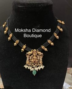 Antique Jewellery Designs, Gold Earrings Designs, Gold Jewellery Design, Gold Jewelry, Beaded Jewelry, Gold Pendent, Thread Jewellery, Black Thread, Lockets