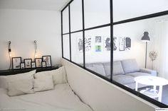 vägg,rumsavdelare,svets,glasvägg,industri,svart,vitt,vardagsrum,sovrum,trångbodd