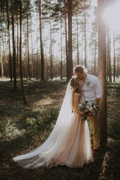 We love the earthiness of forest wedding and this couple gave themselves a classic fairytale twist | Image by Linda Lauva Photography