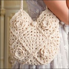 crochet bag by DaisyCombridge