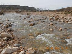 Río Ribota (Calatayud) Escucho en el silencio. El sonido del agua. Sensaciones que me hacen sonreír. El ritmo del agua también soy yo.