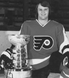 Bill Barber #7 1973-1976 Stanley Cups Flyers Hockey, Hockey Games, Flyers Stanley Cup, Bill Barber, Philadelphia Sports, Florence The Machines, Good Old Times, Nhl Players, Sports Figures