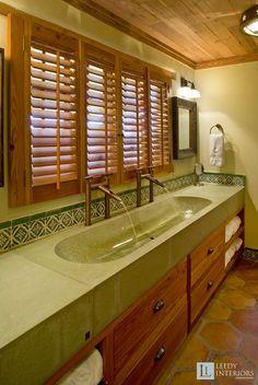 Rustic Bathroom photo by Leedy Interiors