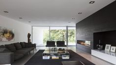 Modern Family Villa Infused With Minimalist Precision