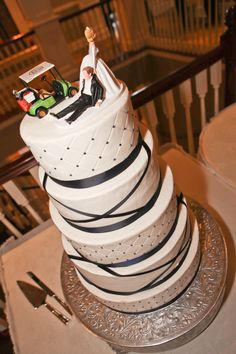Golf Themed Wedding Cake Topper #weddingcake #caketopper Ribbons and Quilted Pattern #beautiful #cake #fivetiers