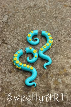 Fake gauge Earrings tribal octopus tentacle tirquoise blue sky jellow polymer clay trends 2013 summer festival