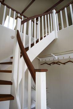 Trappa modell Skagen med steg och handledare i träslaget merbau Skagen, Stockholm, Stairs, Inspiration, Home Decor, Scale Model, Biblical Inspiration, Stairway, Decoration Home