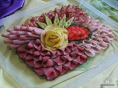 http://www.bajecnerecepty.sk/recipe/15-x-inspiracii-na-silvestra/