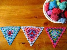 Granny Triangles: free #crochet pattern