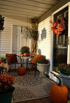 Front Porch Decorating Ideas For Fall_11