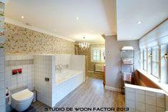 Resultaat van het #interieurontwerp van deze #badkamer door studio de WOON FACTOR.