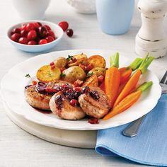 Filet de porc aux canneberges Filets, Pork Recipes, French Toast, Breakfast, Gluten, Menu, Pulled Pork, Syrup, Milk
