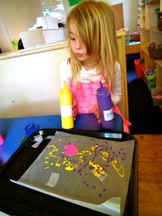Beansprouts Preschool Blog: Painting: Squeezing and Squishing