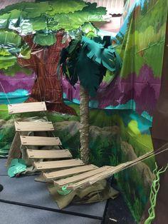 VBS Safari Jungle bridge with river under. Jungle Theme Decorations, Vbs Themes, Jungle Crafts, Vbs Crafts, Safari Theme, Jungle Safari, Cave Quest Vbs, Jumanji, Jungle Theme Classroom
