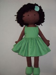 Boneca De Pano Negra Vestido verde