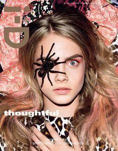Cara Delevingne posa com aranha no olho para revista
