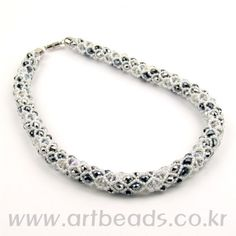 Netted Necklace with Rondelles