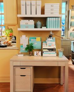 Martha Stewart Home Office with Avery Exclusively at Staples – home office organization files Home Office Cabinets, Home Office Desks, Home Office Furniture, Ikea Office, Small Office, Furniture Sets, Countertop Organization, Office Supply Organization, Martha Stewart Home