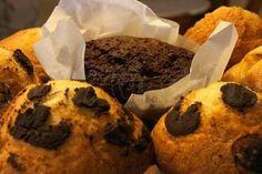 Magdalenas caseras y Muffins de chocolate... Brunch, Cookies, Chocolate, Breakfast, Sweet, Desserts, Food, Homemade Muffins, Homemade Pop Tarts