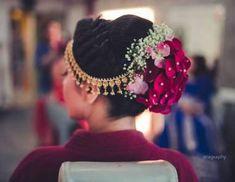 Hair styles indian wedding bridal New Ideas hair wedding 629307747912268293 - Hair styles indian wedding bridal New Ideas hair wedding 629307747912268293 - diy ideas indian Simple Bridal Hairstyle, Bridal Hairstyle Indian Wedding, Bridal Hair Buns, Bridal Hairdo, Indian Wedding Hairstyles, Wedding Hair Down, Bride Hairstyles, Flower Hairstyles, Wedding Dress