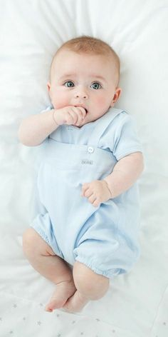 Our newborn boy outfit & infant outfits are definitely lovely. So Cute Baby, Cute Baby Boy Photos, Baby Boy Pictures, Baby Images, Baby Kind, Cute Baby Clothes, Baby Boy Dress, Baby Boy Outfits, Cute Babies Photography