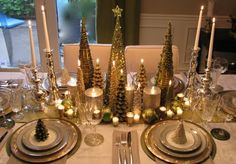 table setting, tablescape, holiday table, Christmas table setting, decorating, design, interior design, interior decorating