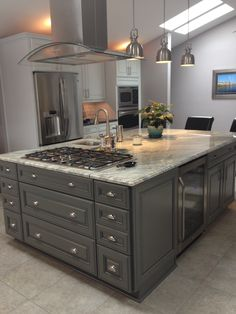 36 trendy kitchen island ideas with trendy kitchen island ideas with reachFarmhouse Kitchen Island Tin 53 Trendy Ideas kitchen farmhouse Farmhouse Ide . Kitchen Island With Cooktop, Island Cooktop, Kitchen Island Storage, Farmhouse Kitchen Island, Kitchen Island Decor, Modern Kitchen Island, Modern Kitchen Design, Home Decor Kitchen, Rustic Kitchen