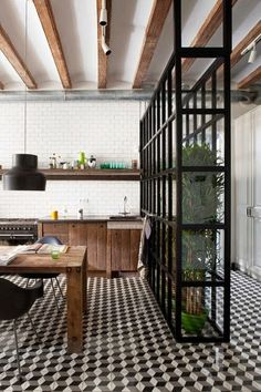 Room divider Inspiration - Pinned onto ★ ★ carrelage retro egue and seta Black Kitchens, Home Kitchens, Sweet Home, Industrial Interiors, Rustic Industrial, Industrial Design, Kitchen Industrial, Modern Interiors, Industrial Stairs