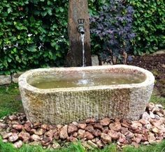 What You Can Do To Improve Your Landscaping using Garden Arbor Everyone that owns a home wants to take pride in it. Garden Troughs, Garden Sink, Garden Fountains, Water Garden, Garden Structures, Garden Paths, Landscaping Tips, Garden Landscaping, Wooden Arbor