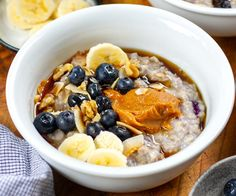 Who doesn't love a piping hot bowl of porridge on a cool morning? Hey, we even love it in summer! Today's recipe will show you how to use a pot-in-pot method to make the most delicious and easy Instant Pot oatmeal with blueberries and maple peanut butter. Using rolled oats, an oven-proof round dish and a trivet, this is a simple and hands-off way to make a nourishing oatmeal breakfast while you can get on with getting ready in the morning. Kids-approved! Heart Healthy Breakfast, Nutritious Breakfast, Using A Pressure Cooker, Pressure Cooker Recipes, Pressure Cooking, Healthy Instapot Recipes, Snack Recipes, Snacks, Today's Recipe
