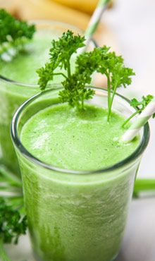 Parsley-Passion Green Smoothie  Ingredients  water pineapple chunks 1⁄2 cucumber, cut lengthwise 1 banana 1⁄4 bunch of parsley ice cubes