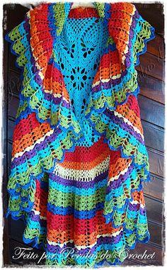 Maxi Colete em crochet com PAP.Patrocínio Coats Corrente Esse mês o Pérolas do Crochet comemora...