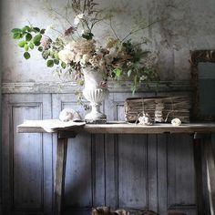 Ooooh That French Country Charm July 8 2018 French Country Kitchens, French Country House, French Country Decorating, Country Charm, Modern Country, Wabi Sabi, Arte Floral, Jolie Photo, Floral Arrangements