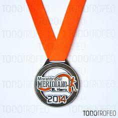 MEDALLA MARATÓN DEL MERIDIANO 2014, EL HIERRO. Diseñamos las medallas para su evento deportivo. Pide su presupuesto a través de: todotrofeo@todotrofeo.com EL MERIDIANO MARATHON MEDAL 2014, EL HIERRO. We design your sport event medals. Request your budget in: todotrofeo@todotrofeo.com