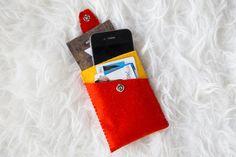 Een mini handtas rond je gsm!