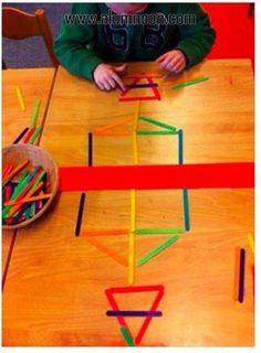 30 Montessori activities for toddlers – Preschool – Aluno On – - Kinderspiele Montessori Activities, Kindergarten Math, Toddler Preschool, Educational Activities, Toddler Activities, Learning Activities, Preschool Activities, Montessori Playroom, Symmetry Activities
