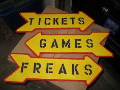 scary circus decorations | Top 5 Pinterest Halloween Carnival Booth Games and…