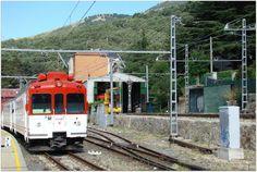 Eléctrico del Guadarrama.  Automotor 442 RENFE en la estación de Cercedilla.