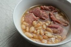 Slow Cooker White Beans and Smoked Turkey Legs