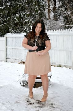 Full Figured & Fashionable: ROSES ARE BLACK?Plus size fashion for women Plus Size Fashion Blogger Full Figured & Fashionable Plus Size OOTD Plus Size Fashion http://fullfiguredandfashionable.blogspot.com/