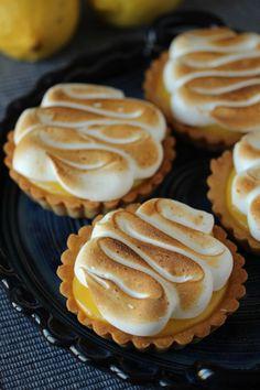 no Lemon Meringue Pie, Lemon Curd, Cheesecake, Creme Brulee, Sweet Recipes, Muffin, Mango, Breakfast, Food