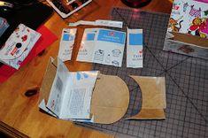 Villmarkshjerte: Hvordan lage en melkekartong-lommebok!!! Paper Shopping Bag, Crafts, Home Decor, Threading, Manualidades, Decoration Home, Handmade Crafts, Interior Design, Home Interior Design