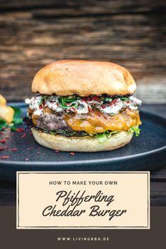 Chanterelle cheeseburger with gremolata Pork Recipes For Dinner, Hot Dog Recipes, Gremolata, Cheese Burger, Beste Burger, Hamburger Meat Recipes, Beef Salad, Salmon Burgers, Kids Meals
