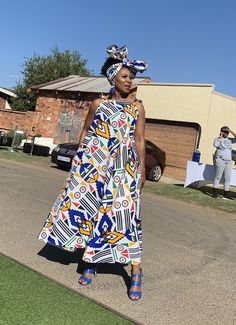 African Outfits, African Print Dresses, African Attire, African Wear, African Fashion Dresses, African Dress, African Fashion Designers, African Inspired Fashion, African Print Fashion