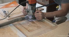 Excellent Table Saws, Miter Saws And Woodworking Jigs Ideas. Alluring Table Saws, Miter Saws And Woodworking Jigs Ideas. Woodworking Saws, Woodworking Projects For Kids, Woodworking Workshop, Woodworking Crafts, Woodworking Store, Carpentry, Miter Saw Table, Table Saw Workbench, Building A Workbench