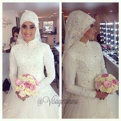 Instagram foto door visagieummu - One of our gorgeous hijabi Bridal Styling from last week Beautiful Nursemin  at #UmmuDogaMakeupStudio Bridal Hijabi Creation by @MeltemKuafor Makeup by me ☺️ #UmmuDoga #VisagieUmmu #Makeup #Mua #Visagie #Makyaj #Gelin #Bridal #Hijab #Bride #Rotterdam Have a beautiful night beauties